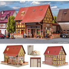 בית מגורים עם חנות כל-בו קטנה