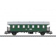 קרון נוסעים של רכבת מערב גרמנית (DB)